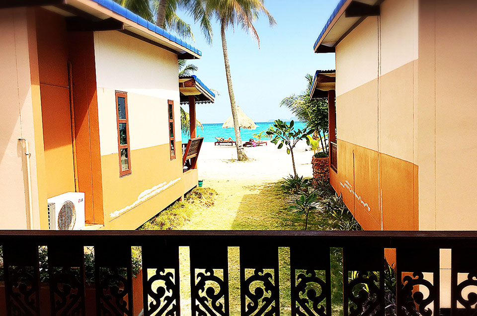 beachfornt-villa-secondrow-1