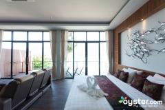 honeymoon-jacuzzi-seaview-room--v6269444-800