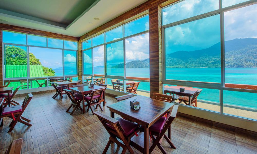 ห้องอาหาร เมาเท่นรีสอร์ท เกาะหลีเป๊ะ